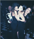 Selena Gomez, Kendall ve Kylie Jenner ile eğlendi