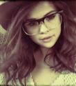 Selena Gomez saçlarını kestirdi
