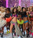 Victoria`s Secret gecesinde kimler sahnede olacak?