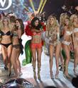 Victoria`s Secret mankenleri formlarını nasıl koruyor?