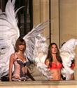 Victoria`s Secret Melekleri Paris`te